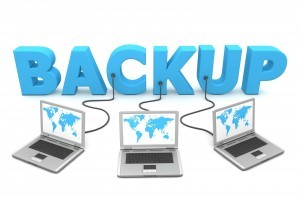 Backup-three-laptops-plugged-into-word-300x200